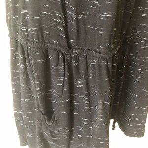 Forever 21 Tops - Love 21 black tank with pockets size M